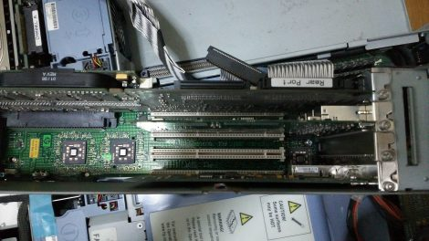 HP Integrity rx2600